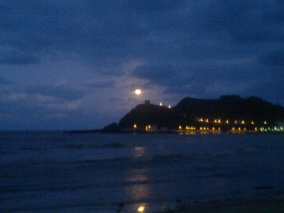anochecer playa santa marina