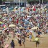 Verano en la Playa de San Lorenzo (Gijón)