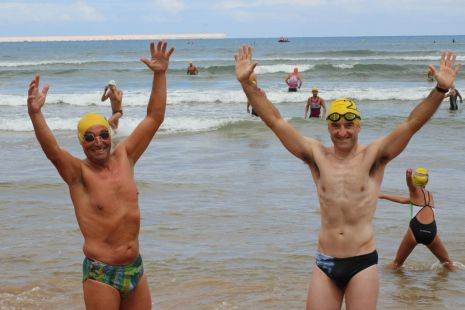 Pepe y Raul en la travesia playa san lorenzo