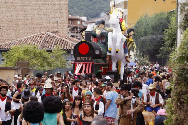 Descenso Folclórico del Nalón 2012