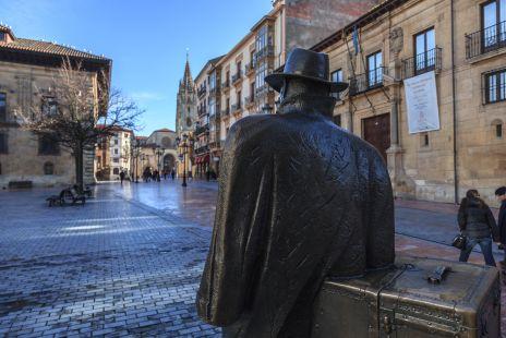 El Viajero, de Eduardo Urculo 1993, Oviedo, Asturias