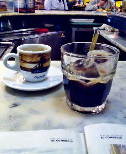 la prensa y el cafelito