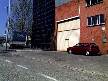 parking en la acera