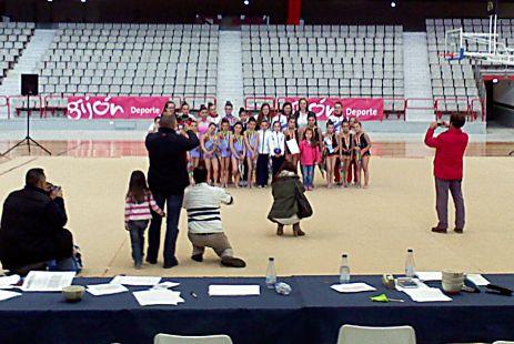 participantes posando