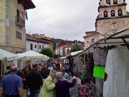 Cangas de Onis- domingo de mercao