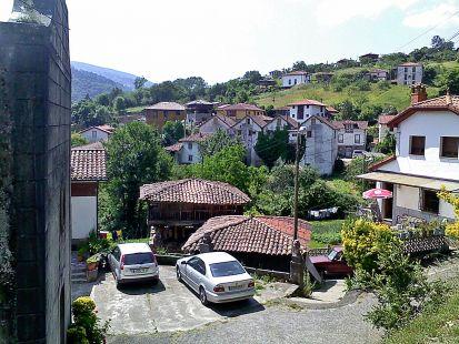 Corias , Previa