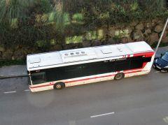 Bus mal aparcado